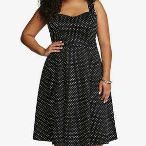 EUC Torrid polka dot retro chic swing dress, 18